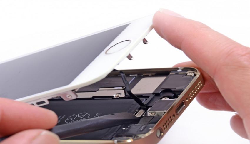 iPhone Display ကို အပြင် Service ဆိုင်မှာပြင်တာ Apple Warranty ကိုမထိခိုက်တော့ကြောင်း Apple ပြောကြား