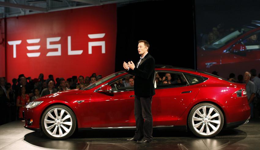 ၁၀ နှစ်အရွယ် ကောင်မလေးပို့ပေးခဲ့တဲ့ စာတစ်စောင်ကြောင့် Video Contest လုပ်ပေးတော့မယ့် Tesla