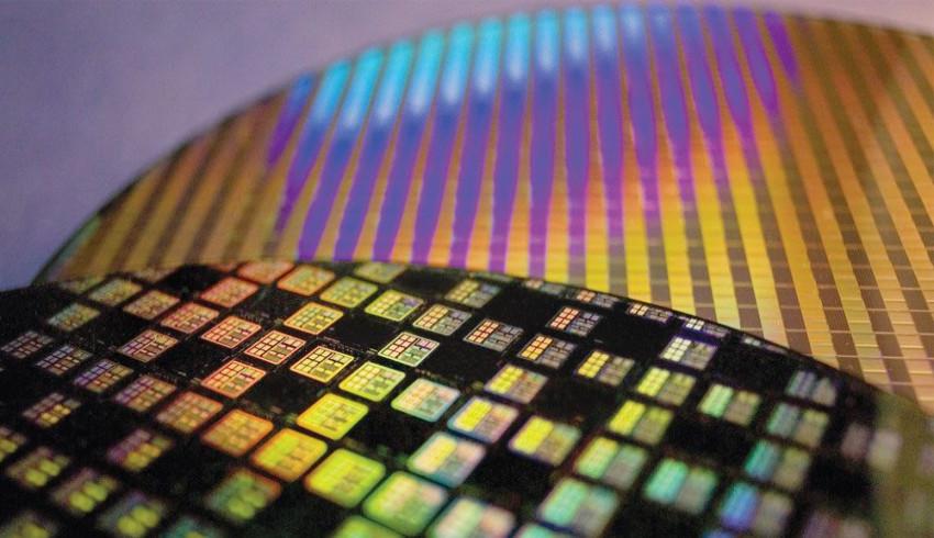 Intel ကို ပြိုင်ဆိုင်ရန် Chip တွေ ထုတ်လုပ်နိုင်မယ့် စက်ရုံတစ်ရုံကို US မှာဆောက်လုပ်သွားဖို့ စဉ်းစားနေတဲ့ TSMC